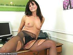 British Mature MILF Pantyhose Stockings