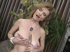 Big Boobs Masturbation Mature Saggy Tits