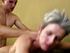 Amateur Granny Mature MILF Old and Young