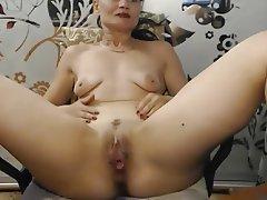 Amateur Mature MILF Saggy Tits Webcam