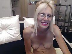 Amateur Granny Masturbation Saggy Tits Webcam