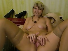 Amateur Blonde Mature MILF Webcam