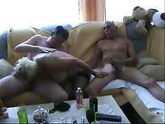 Amateur Bisexual Blowjob Cumshot Threesome