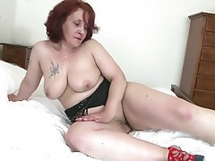 Amateur Big Butts Granny Mature MILF