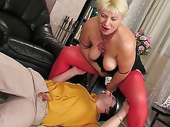 Blonde Face Sitting Mature MILF