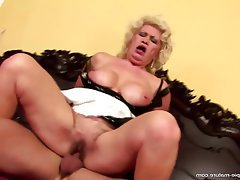 Hairy Granny Mature Creampie Old and Young