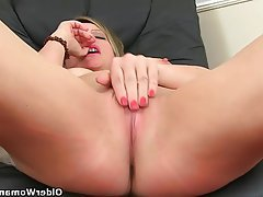 British Mature Masturbation MILF